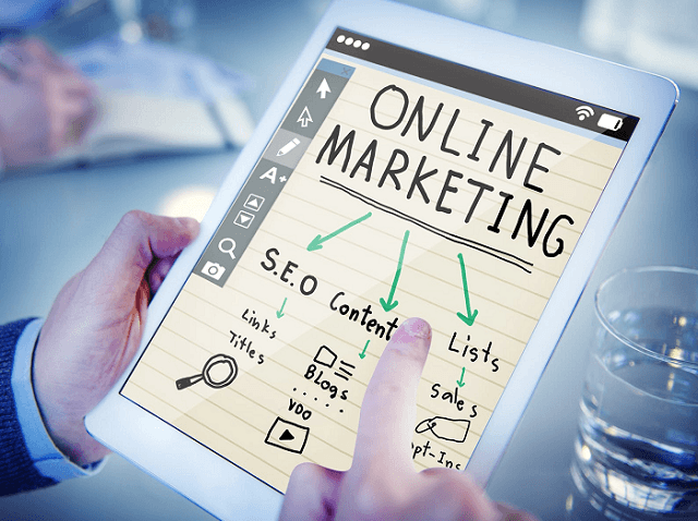 what is the difference between digital marketing vs direct marketing